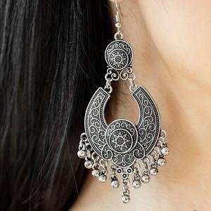 Sunny Chimes Silver Earrings